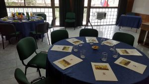 Salón-mesa-redonda-2-300x169