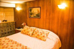 Suite-estándar-king-matrimonial-3-300x200