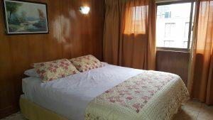 Suite-estándar-king-matrimonial-4-300x169
