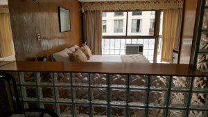 Suite-estándar-king-matrimonial-5-300x169
