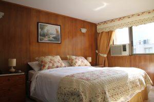Suite-estándar-king-matrimonial-8-300x200